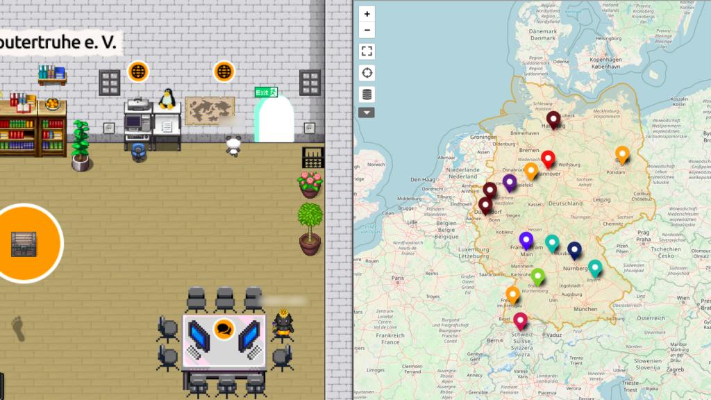 """Ein Avatar steht vor einer Weltkarte an der Wohnzimmerwand und erhält eine Deutschlandkarte eingeblendet, welche die Standorte der """"Computertruhe"""" und ähnlicher Einrichtungen darstellt."""