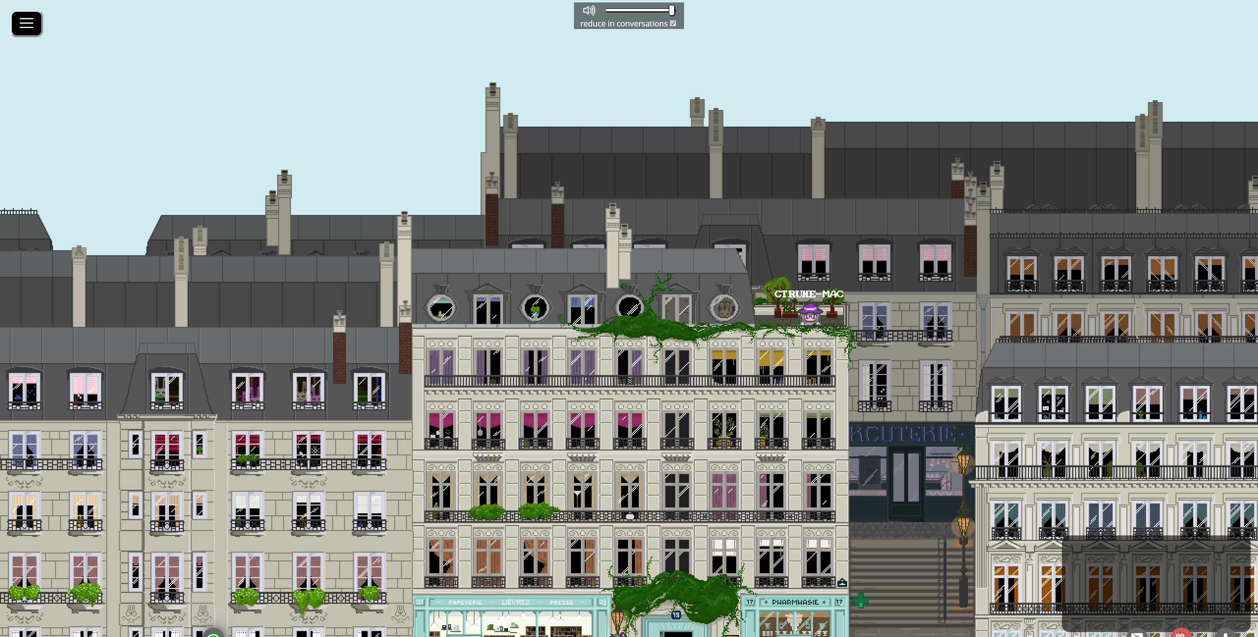 Screenshot mehrerer Häuserfronten, wie man sie in bspw. in Paris antrifft. Auf einer Dachterrasse befindet sich ein Avatar.